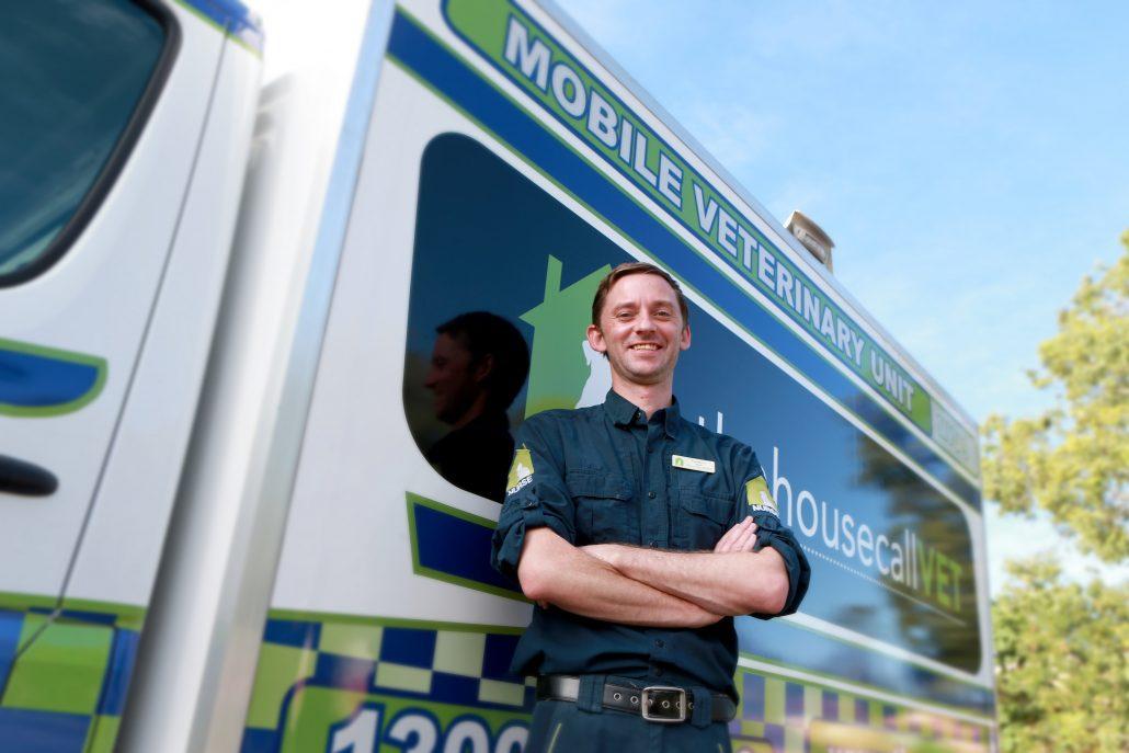 Emergency Vet Care Brisbane - house call vet staff and van